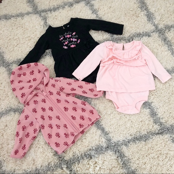 70bef91c8bb1 Old Navy One Pieces